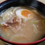 十勝豚丼 いっぴん - 豚汁