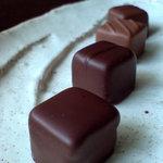 ショコラティエ・ミキ - 料理写真:チョコ4種