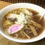 信濃路 - ワンタンメン ¥450