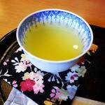 美栗舎 - 冷やし緑茶