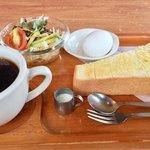 クローバー - 料理写真:コーヒー370円とモーニング