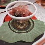 日々魚数寄 東木 - 出汁ごおりに紫蘇、蒸しサザエ、焼きトマトにきゅうりのサラダ