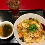 紅宝石 - 麻婆飯(辛さ控えめ) ¥650+税