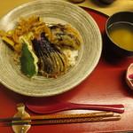 天ぷら やす田 - ナスを使った天丼をお願いしました