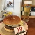 90911294 - 10 fingers burger ¥1,080円 ビール ¥518円