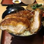 とん亭 - 会津こだわり丼(税込1380円)