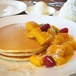 カフェ クベール - マンゴーパンケーキ