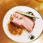リストランティーノ イルチプレッソ - スペイン産仔豚 ローマ時代の美食家ソース
