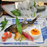 9092154 - 京都らしい料理が並ぶ御膳