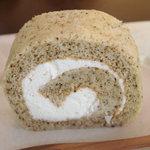 DEN - 別注のロールケーキ(プレーン)