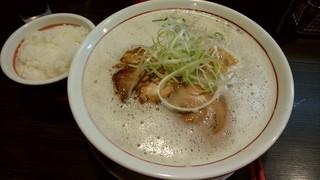 やまなか製麺所 天満橋店 - 鶏豚白湯ラーメン大盛り+ランチライス
