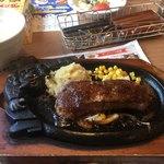 ブロンコビリー - ●炭焼きローストサーロイン ステーキセット 200g  2,570円
