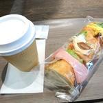 ベーカリー&カフェ カスカード -