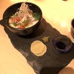 kiwa - 海鮮とろろめし(税抜930円)