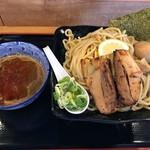 つけ麺専門店 二代目YUTAKA - 料理写真:特製つけ麺400g