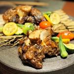 """粲 - """"主菜:牛テールのかなえ味噌焼き 季節の野菜と"""""""