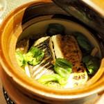 """粲 - """"土鍋ご飯:炭火焼きの真子鰈とひしの南蛮炊き込みご飯"""""""