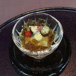 90926740 - 先付。小さくカットされた茄子やおくら他の夏野菜の味を楽しみました。