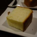 ビストロ メランジェ - 生クリームのパン