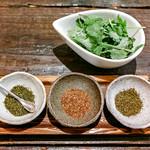 175°deno担担麺 - 花椒3種盛り