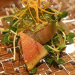 私厨房 勇 - 天然スズキのお刺身サラダ