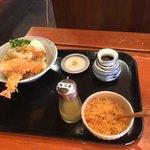 麦きり トクオカ - 天ぷらおろしうどん 天かすはお好みでどうぞ