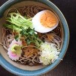 手うち庵 - 料理写真:冷したぬき蕎麦670円