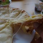 ラリーグラス - チーズナン
