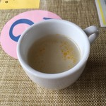 アーチャーラ - スープ。3種類あります。