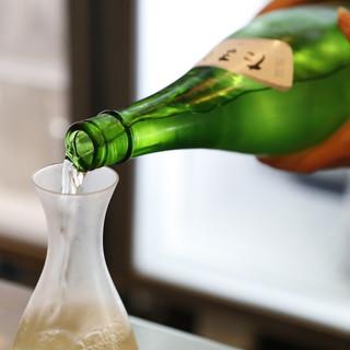 福生のビール小屋 - ドリンク写真:蔵元ならではの日本酒「多満自慢」