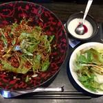 90952317 - 「夏の冷やし汁なし担々麺(激辛)」850円(税込)