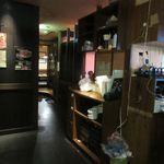 龍のねぐら - 店舗入口付近(2018/08撮影)