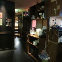 龍のねぐら-店舗入口付近(2018/08撮影)