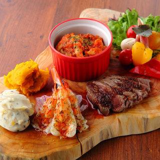 様々な料理を一度に楽しめる「前菜6種盛合せ」がオススメ!