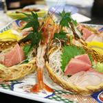 日本料理 黒潮 - お刺身(張り切って海老付きで登場)