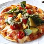 90953540 - オーガニック野菜のピッツァ