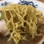 らーめんや天金 - 正油ラーメン麺