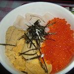 ウニ丸ちゃん - 三色丼