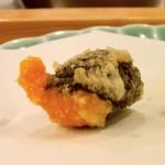 天ぷら料理 さくら - 礼文産バフンウニ 青じそ巻き