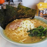 みさきや - 料理写真:美咲家ラーメン700円