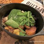 ターヴォラ サンイチマル - 辛口サルシッチャとポテトのグリル