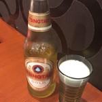 Chuunarabochouyou - 瓶ビール 青島ビールプレミアム 800円(税込)