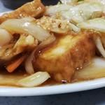 味の横綱 - 鶏と厚揚げのピリ辛炒め定食¥750