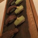食の円居 なず菜 - 炙り大和牛とはす芋のお浸しのひと口寿司
