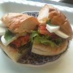 パン工房ささき亭 - トマトとタマゴサンド