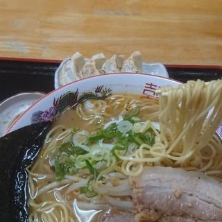 とんぼラーメン - 料理写真: