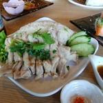 アジアンキッチン・ルークチン - カオマンガイ