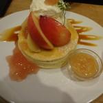 91000878 - 桃のパンケーキ