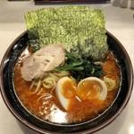 ラーメン 豚骨軍団 - 料理写真:地獄ラーメン(上)+味玉
