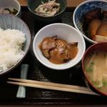 91007258 - 豚角煮 ¥900